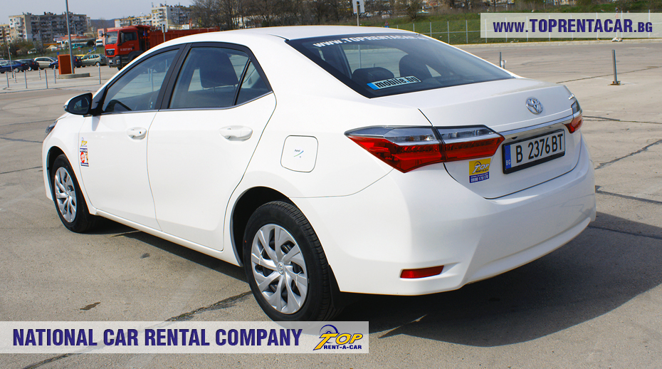 Toyota Corolla par Top Rent A Car